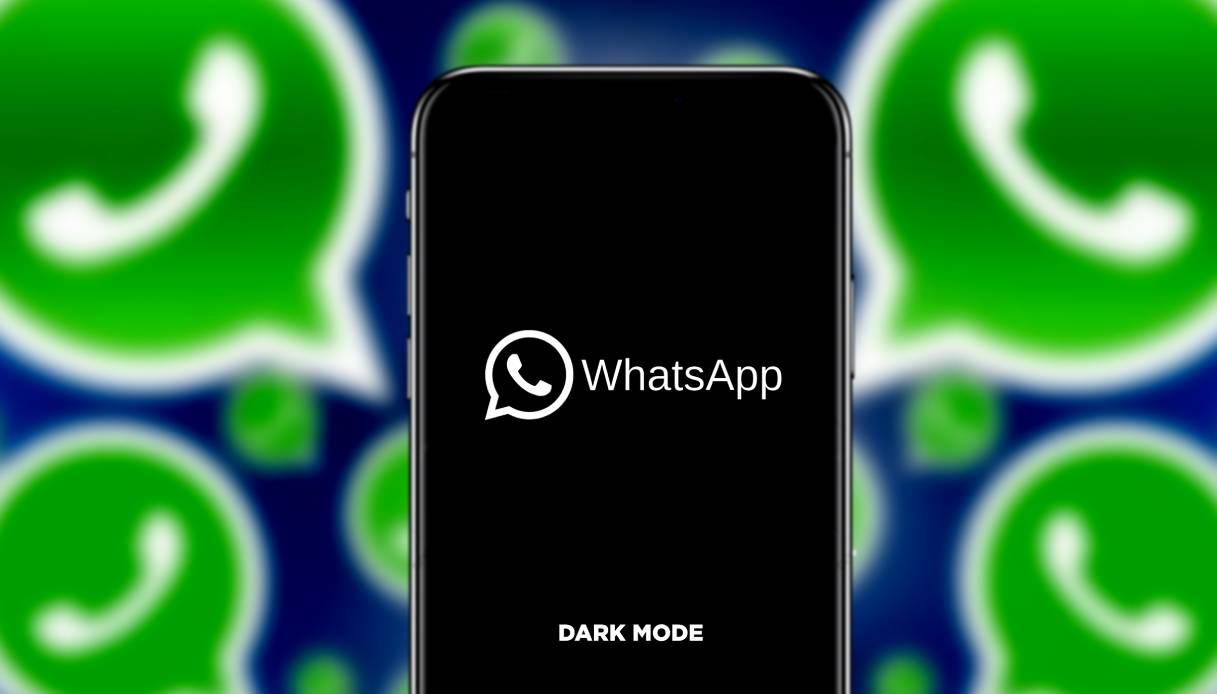 Whatsapp si veste di nero anche sul computer thumbnail
