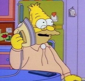 videochiamare telefono anziani nonno simpson