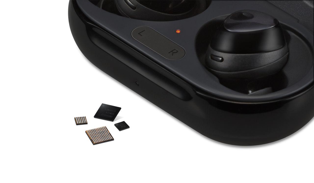 Samsung e Qualcomm svelano nuovi chip per auricolari wireless thumbnail