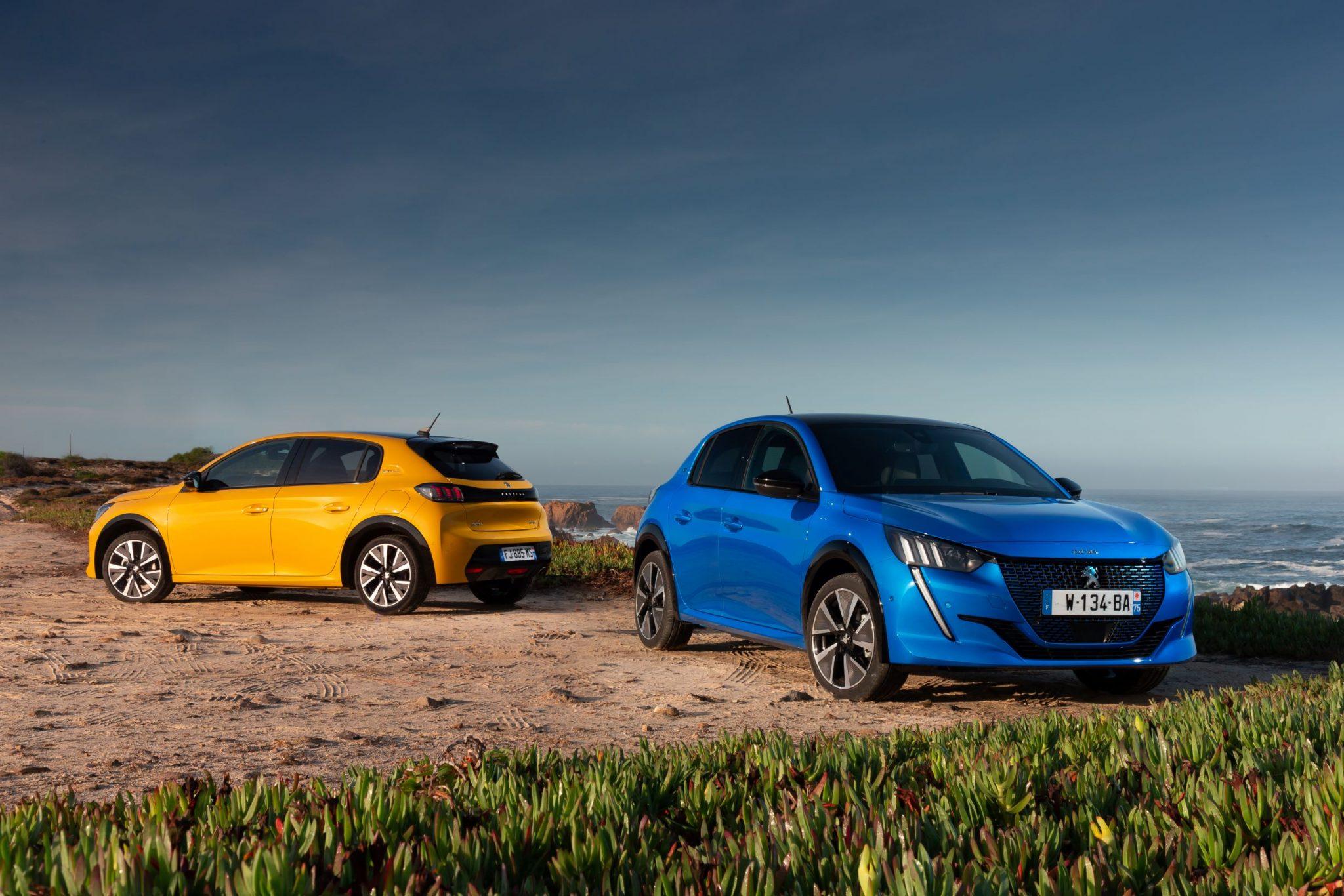 L'Auto dell'Anno 2020 è la Peugeot 208, battuta la Tesla Model 3 thumbnail
