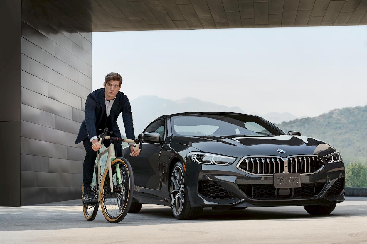 Una bicicletta italiana marchiata BMW thumbnail
