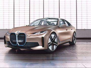 BMW Concept i4 Copertina vera