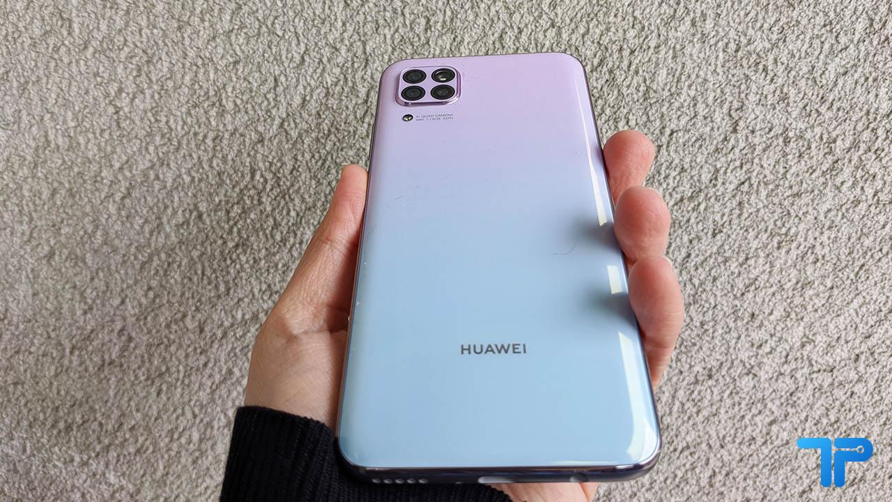 Huawei P40 Lite recensione: l'autonomia è il vero plus thumbnail