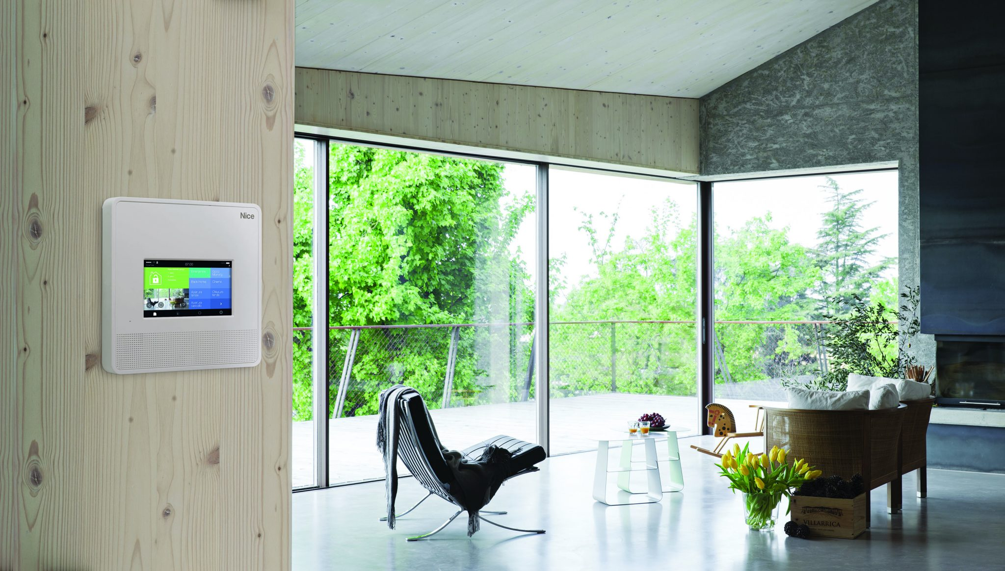 Proteggi la tua casa con un sistema di allarme su misura thumbnail