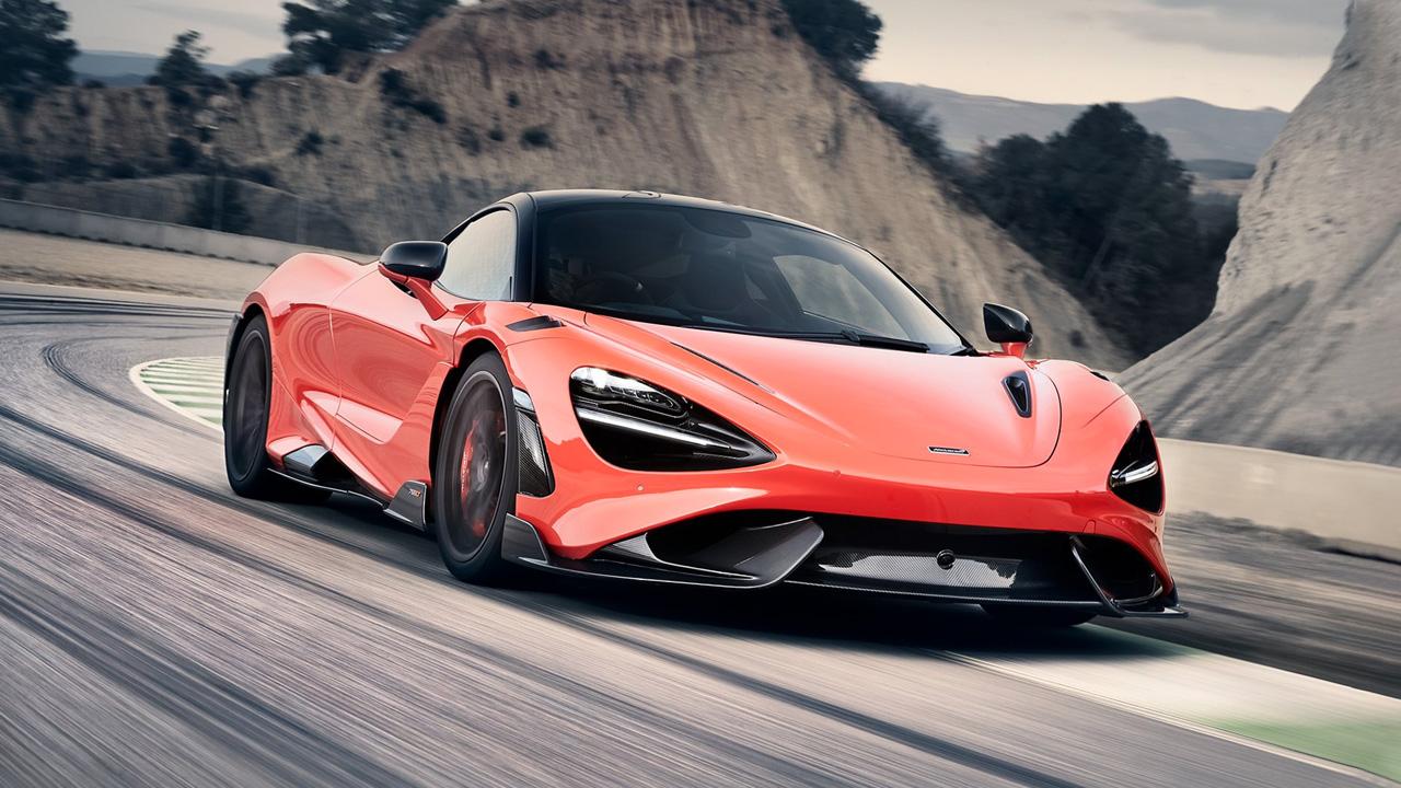 McLaren 765LT, un sogno di leggerezza e potenza thumbnail