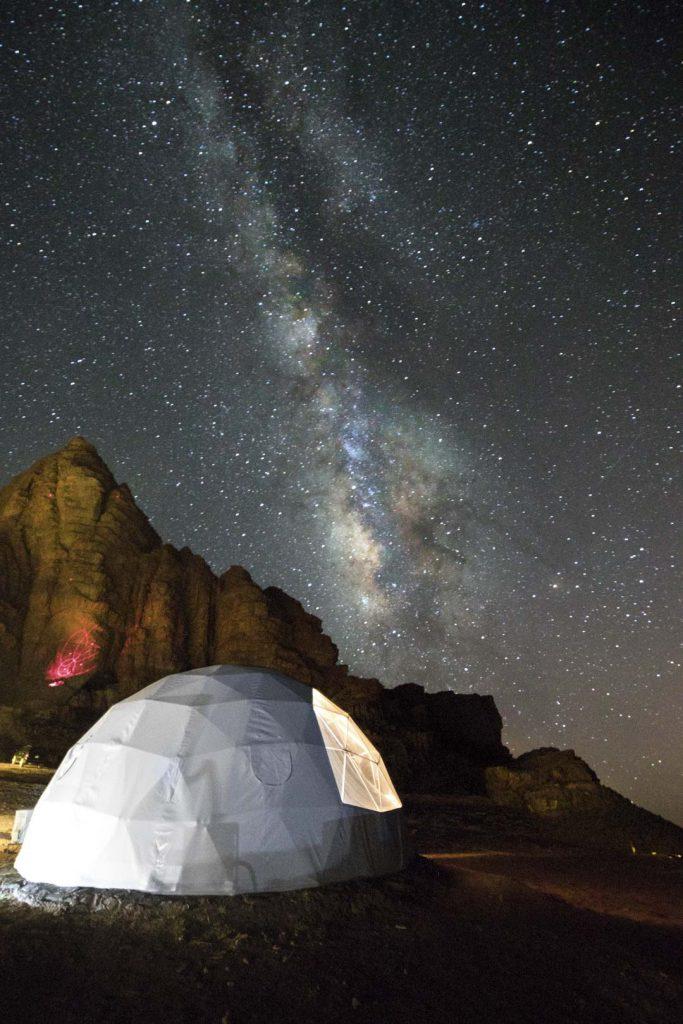 fotografare di notte, stelle, via lattea