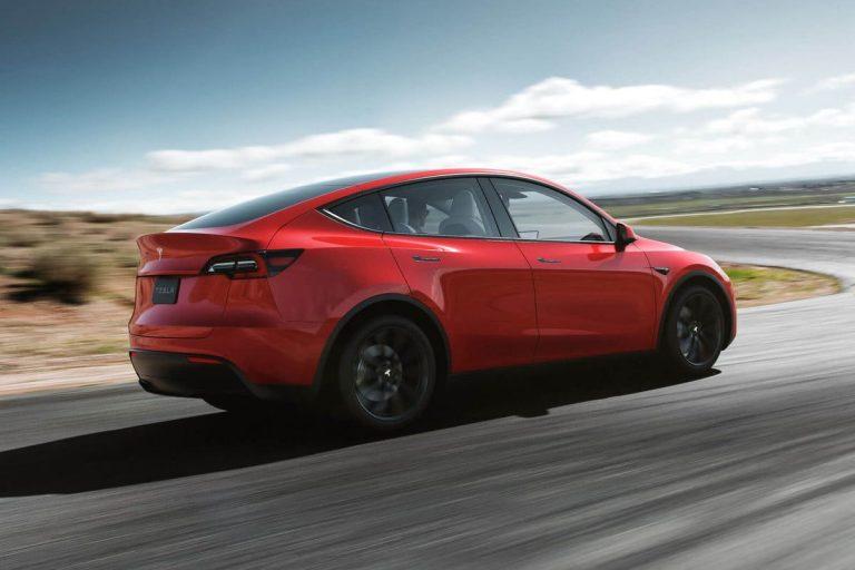 Tesla Model Y posteriore