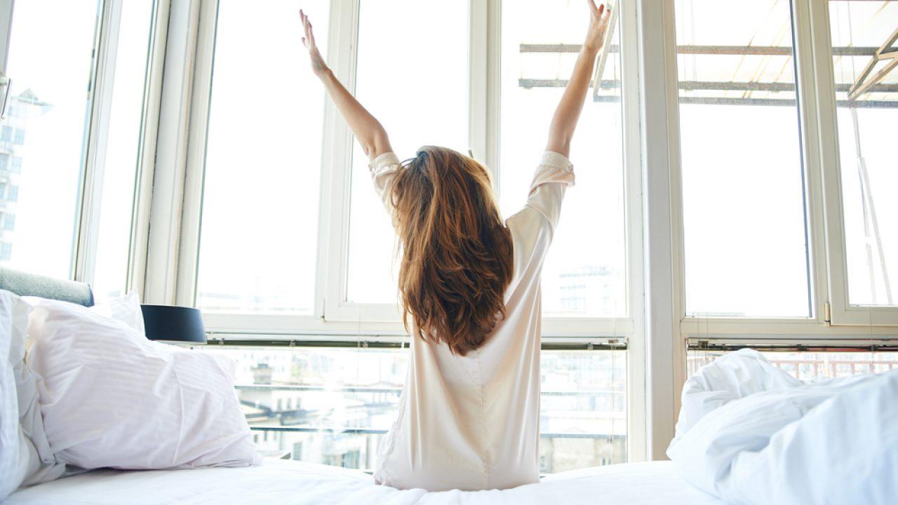 Consigli per chi resta a casa: come alzarsi dal letto thumbnail