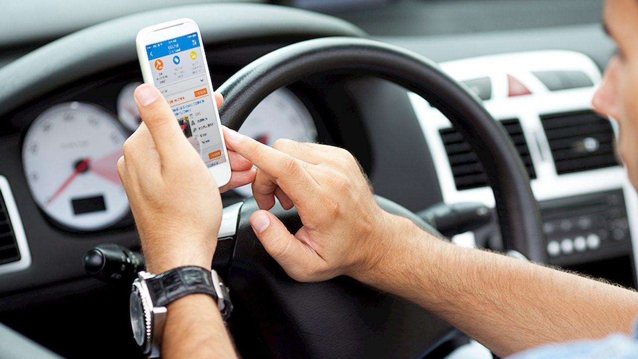 Non digitalizzare sta costando un sacco di soldi ai concessionari d'auto thumbnail