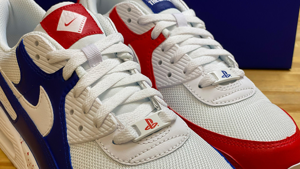 Nike e Playstation insieme calzano a pennello thumbnail