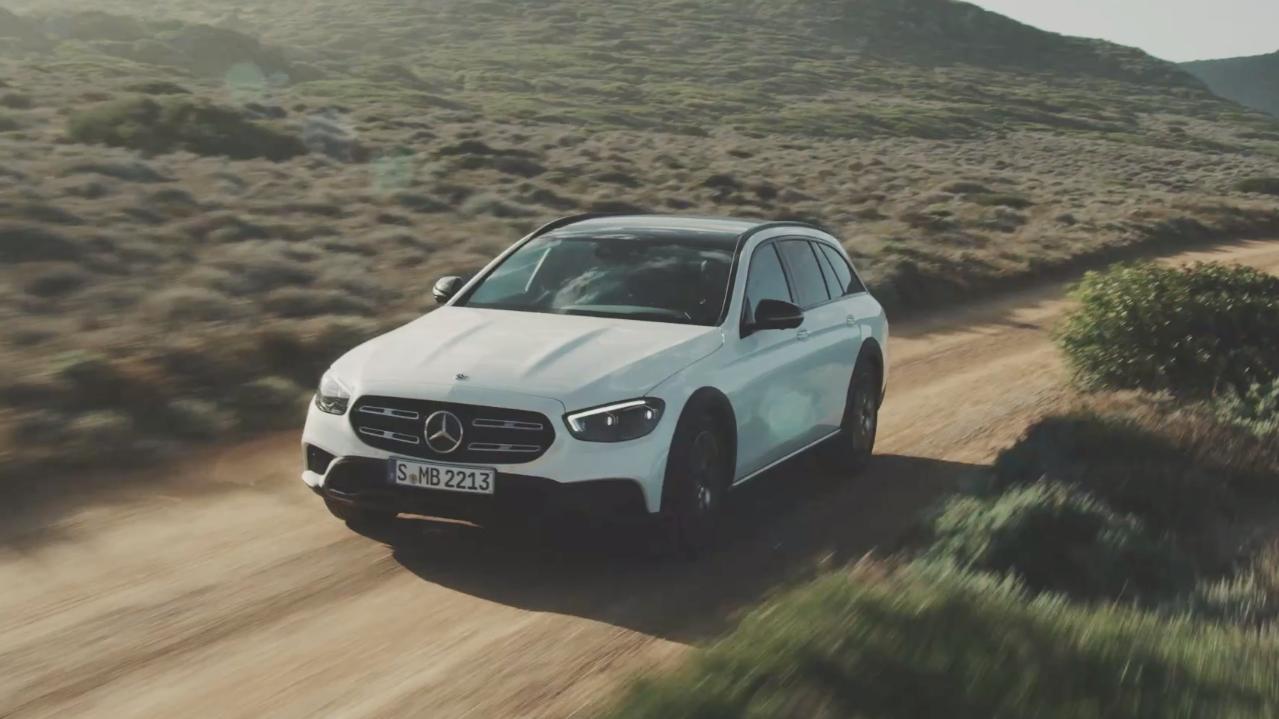Mercedes e AMG, avanti a tutto watt thumbnail