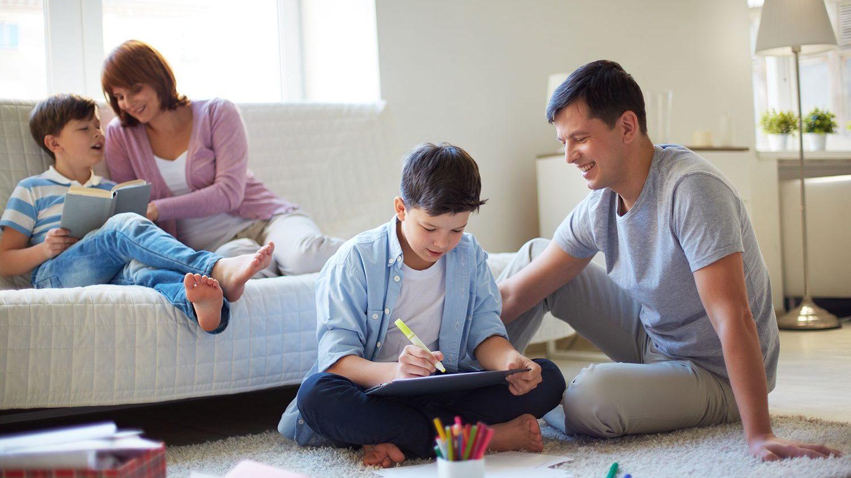 """""""Insegna da casa"""": Google dà una mano ad insegnanti e studenti thumbnail"""