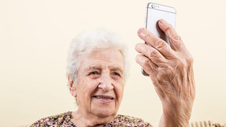 videochiamare telefono anziani