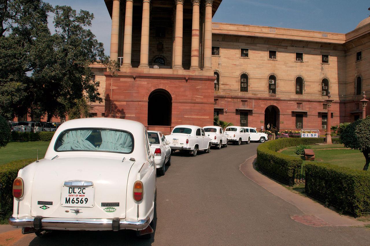 Hindustan Ambassador auto più lente