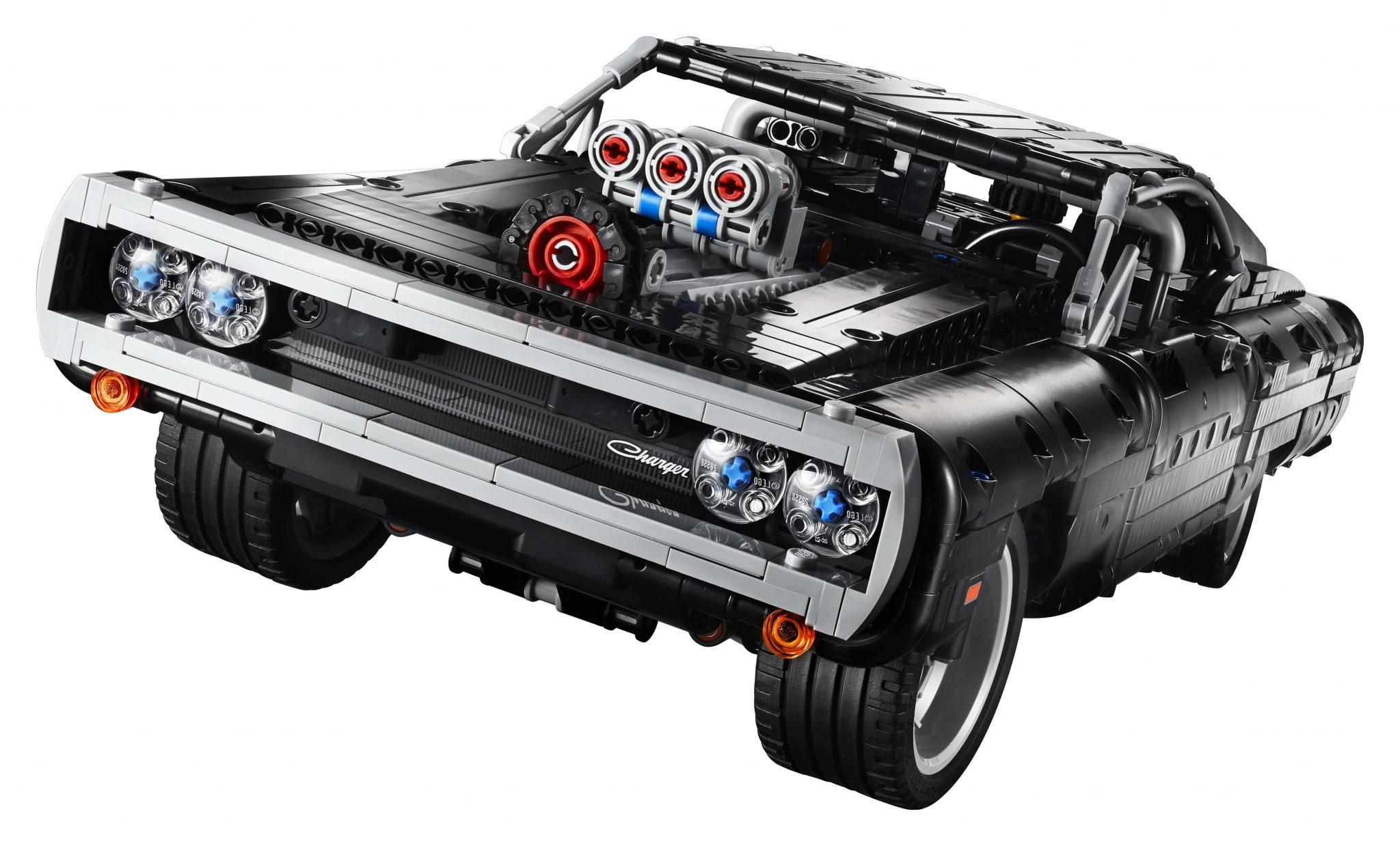 Sfrecciamo a tutto gas con il nuovo set Lego Fast & Furious thumbnail