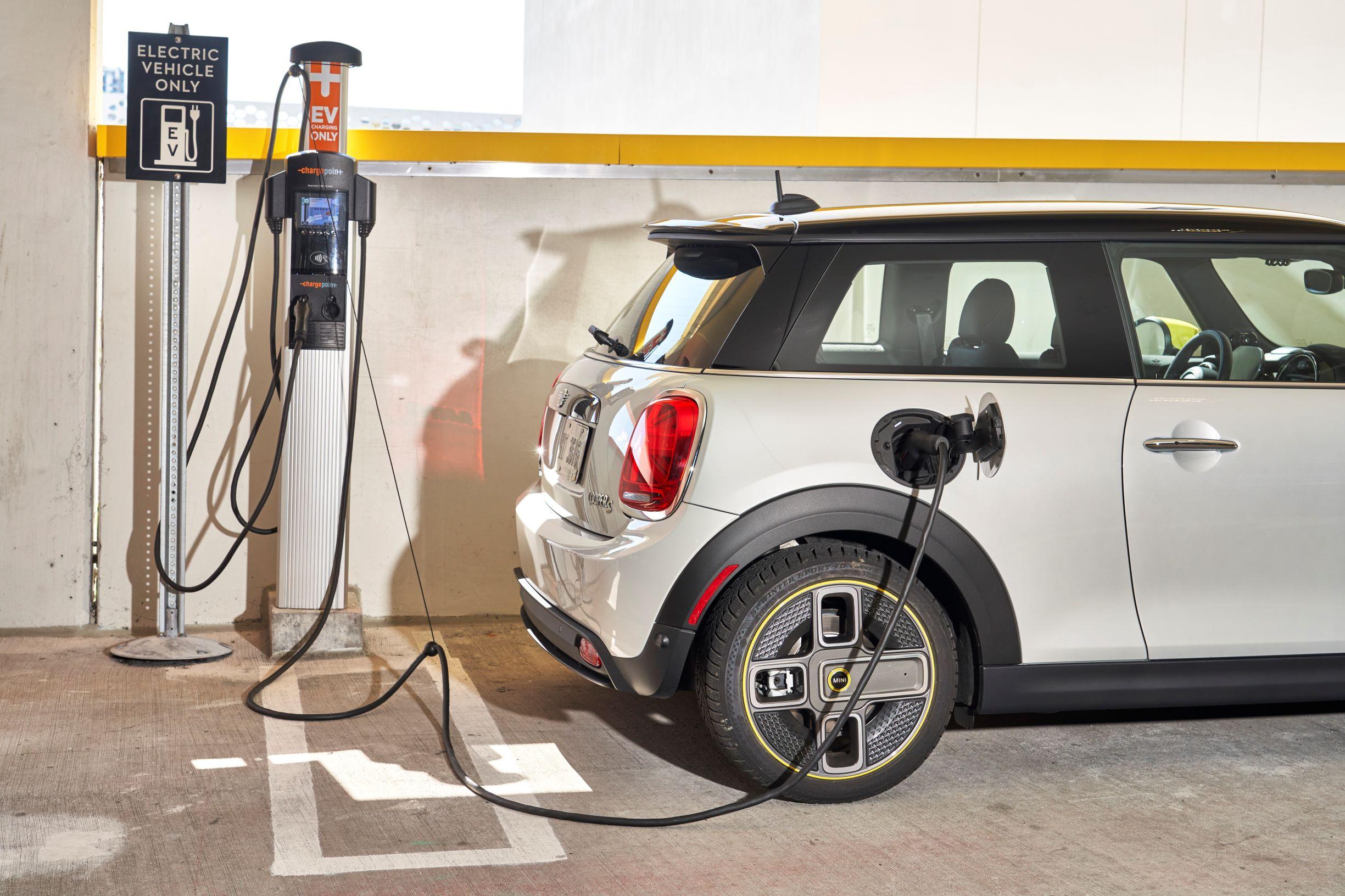 MINI Elettrica prezzo parcheggio