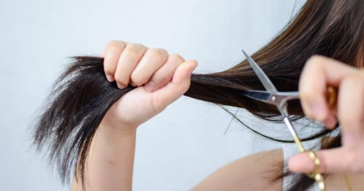 tagliarsi i capelli a casa