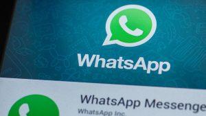 """Su WhatsApp è in arrivo la funzione """"Leggi dopo""""  L'App di messaggistica introduce una nuova funzione per leggere dopo alcune delle chat selezionate"""