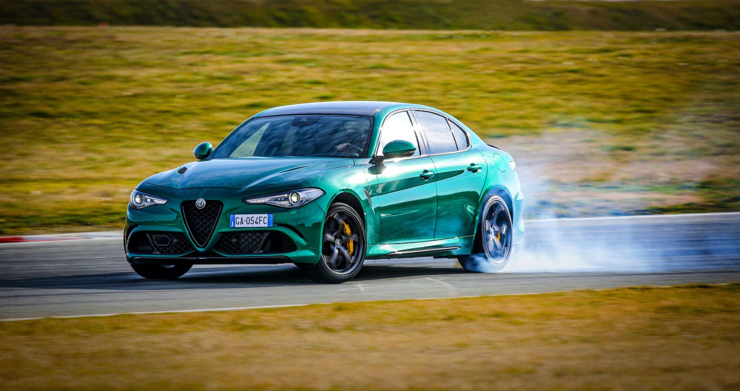Alfa Romeo Giulia sliding