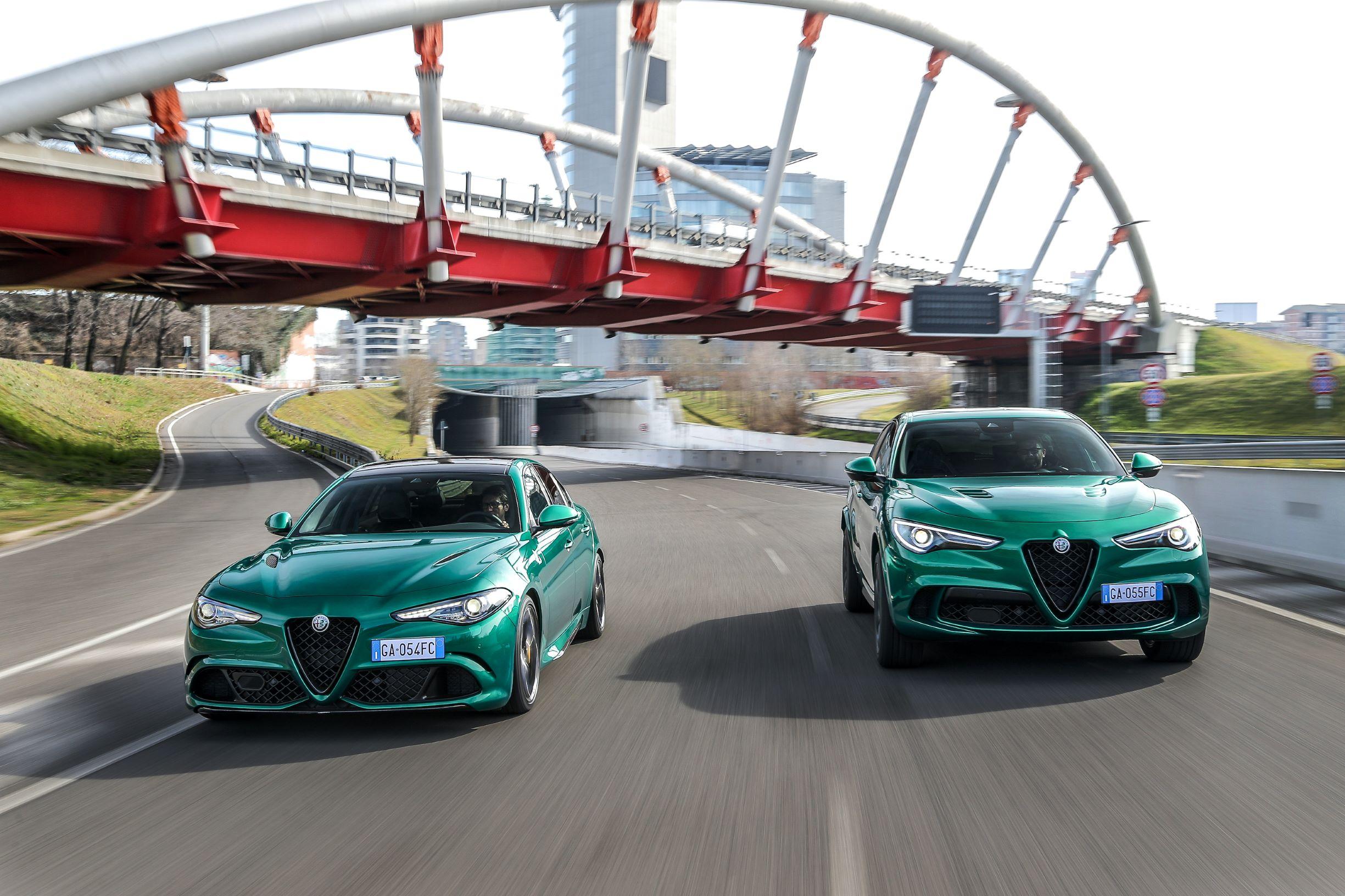 Alfa Romeo giulia verde con Stelvio