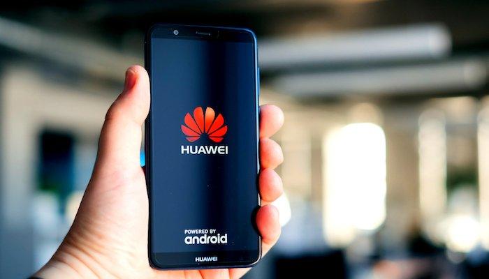 Boicottaggio Huawei: la Cina chiede lo stop agli USA thumbnail