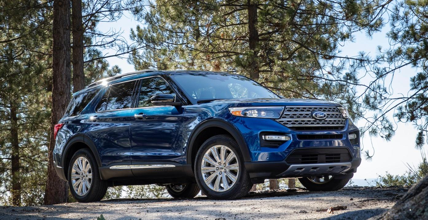 "Ford Explorer Plug-In Hybrid, il 7 posti ""green"" sbarca in Europa thumbnail"