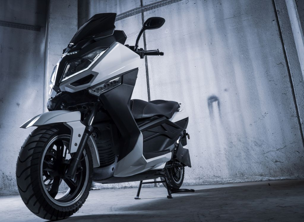 Jonway, due nuovi scooter elettrici in arrivo a luglio thumbnail