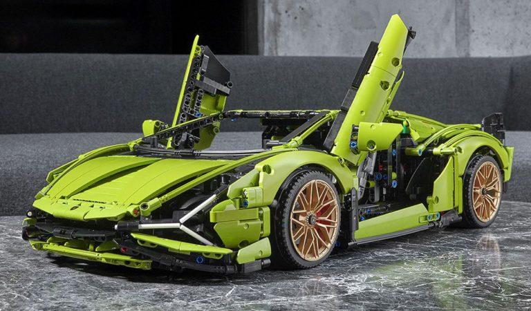 L'ibrida di Lamborghini diventa un set LEGO