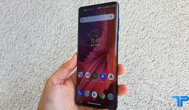 Motorola Edge recensione: un ritorno con stile