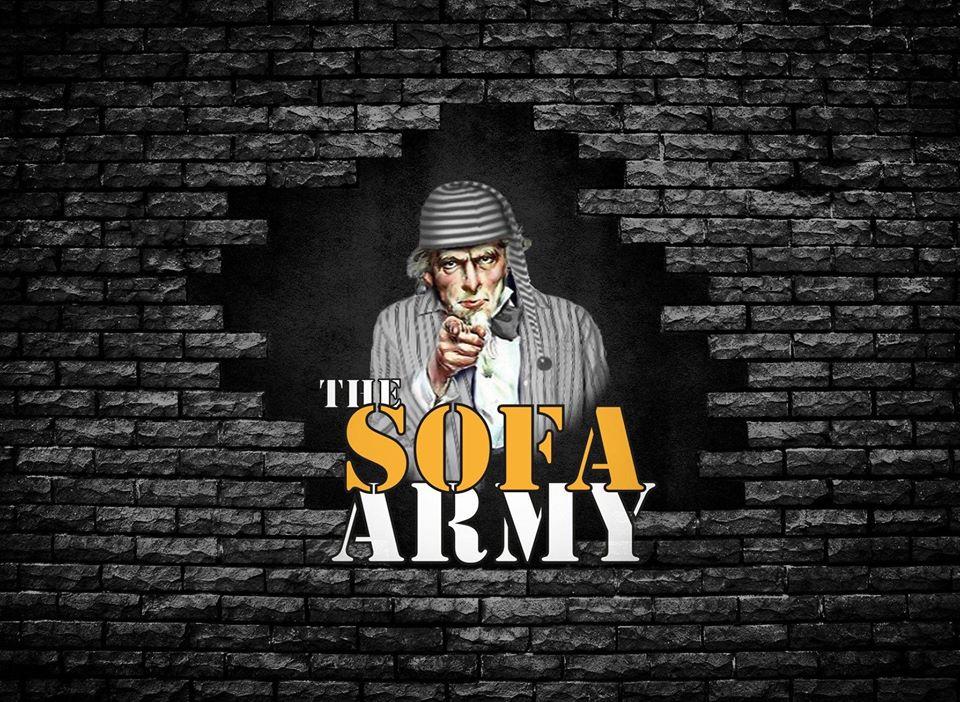 Occulto Parma the sofa army