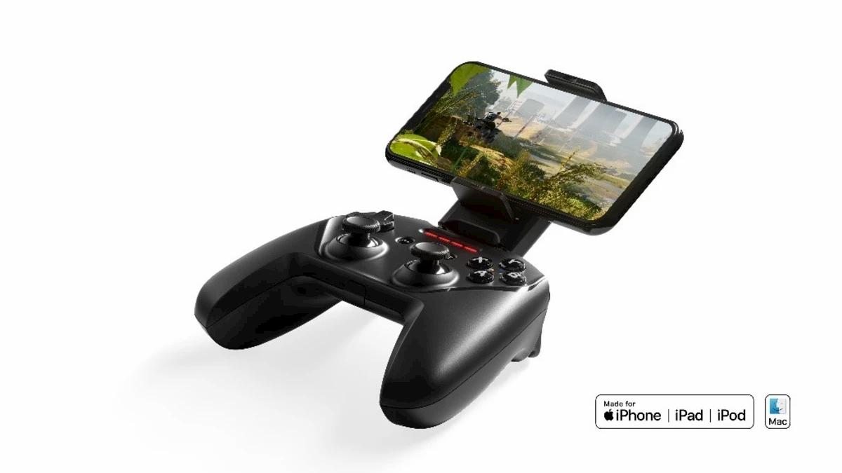 Il controller wireless per iPhone con un'autonomia di 50 ore thumbnail