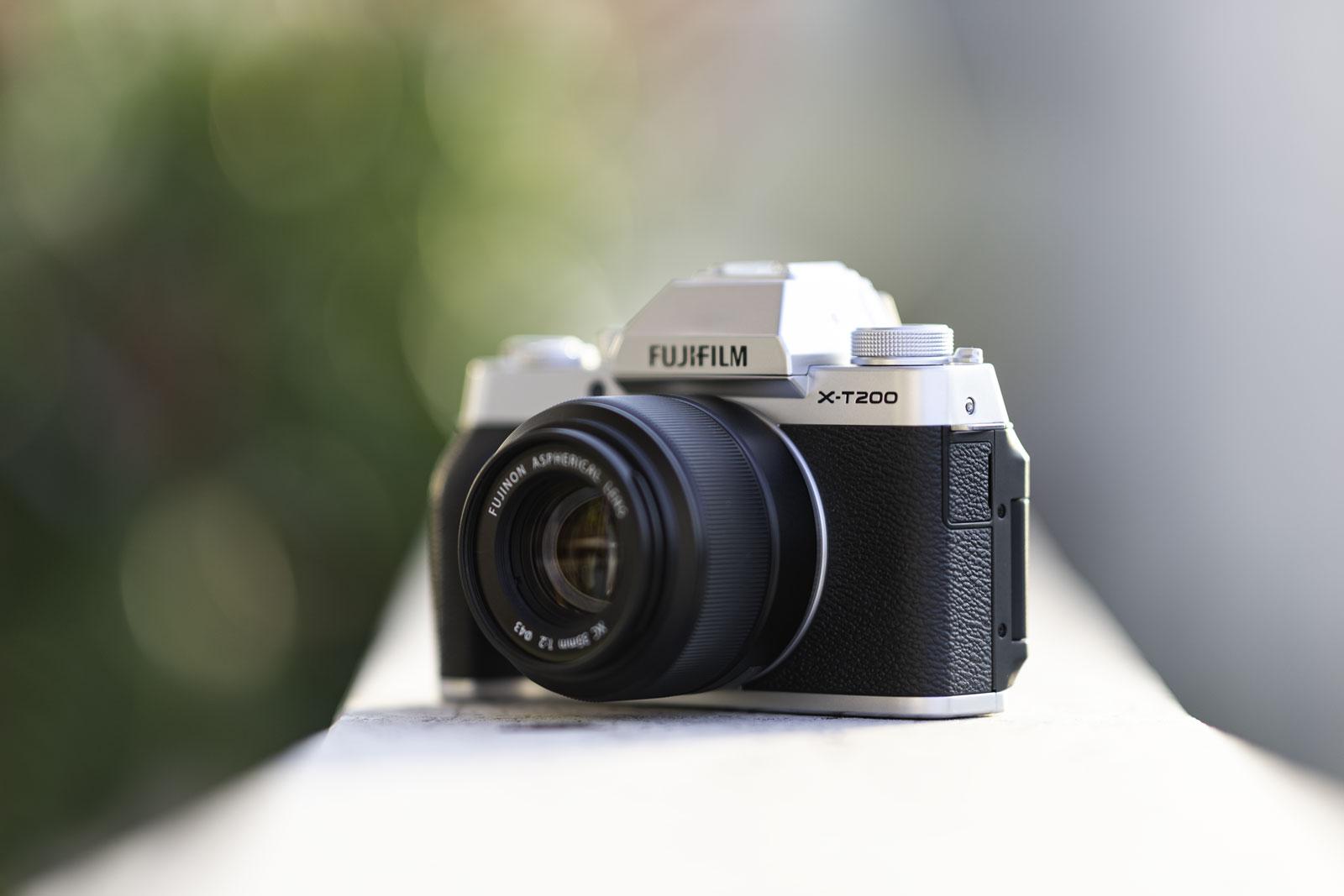Fujifilm X-T200 recensione: la piccola che sogna in grande thumbnail