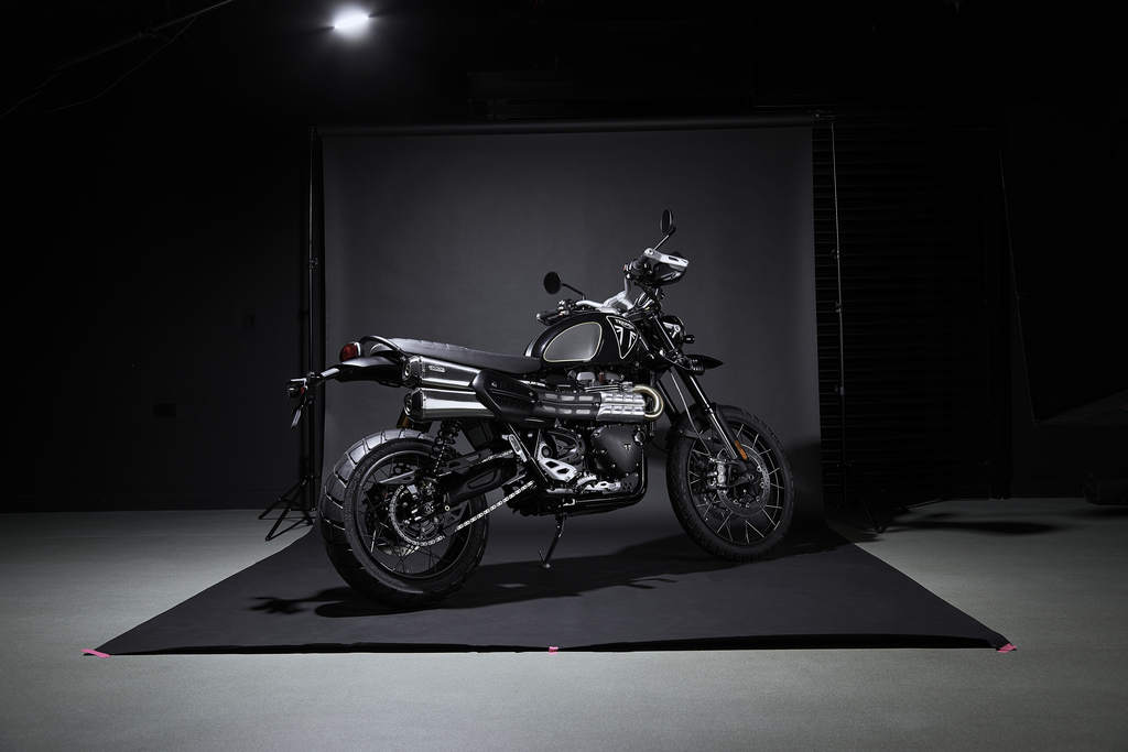 Scrambler 1200 Bond Edition