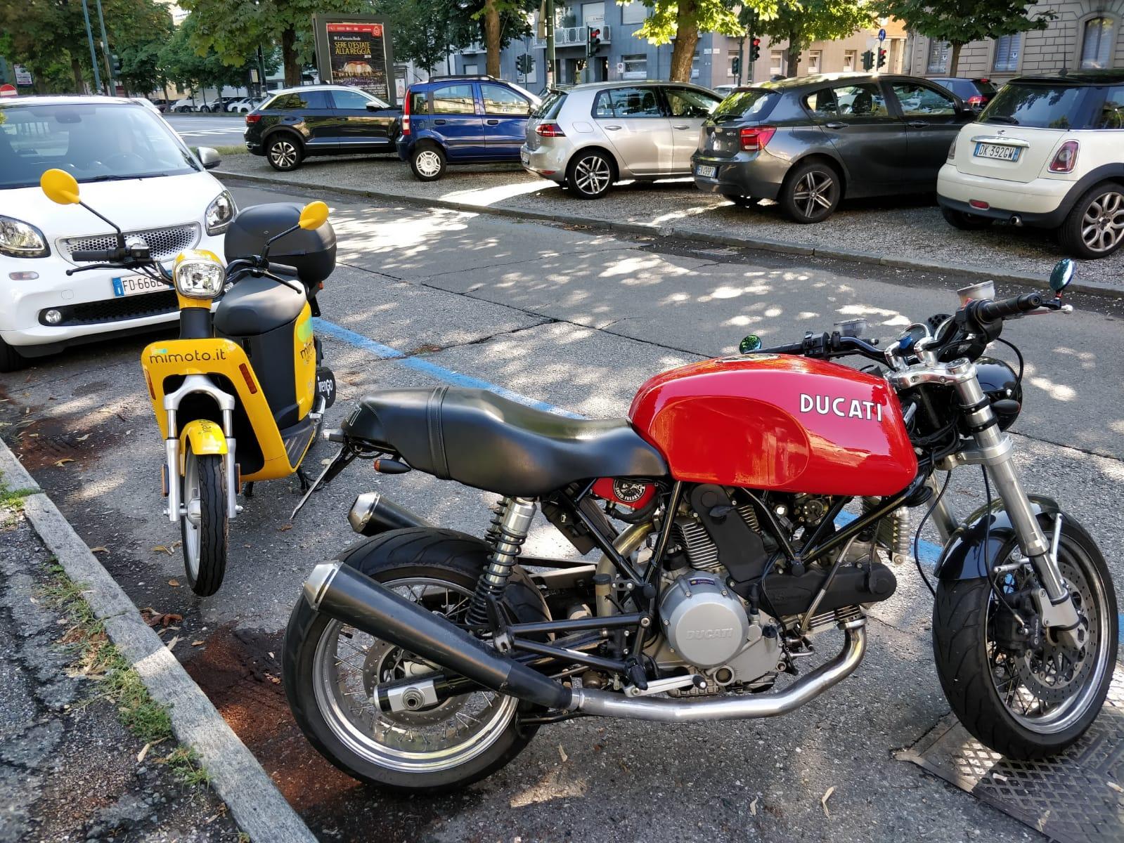 Usa le due ruote parcheggio mimoto