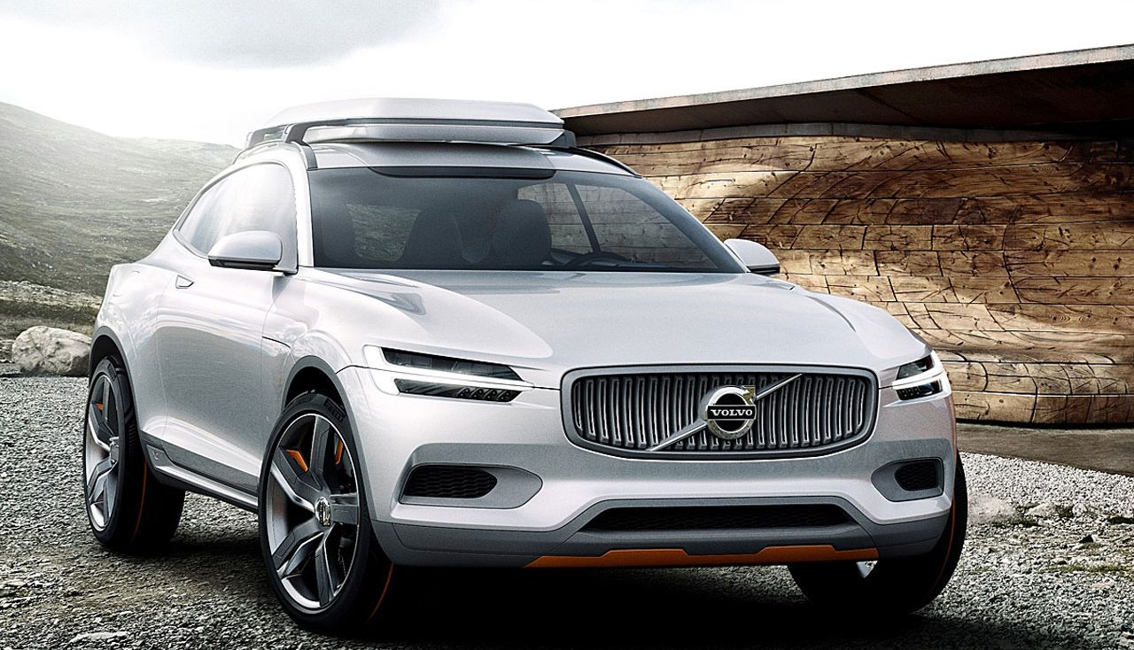 Volvo XC100 Recharge, SUV coupé elettrico in stile svedese thumbnail