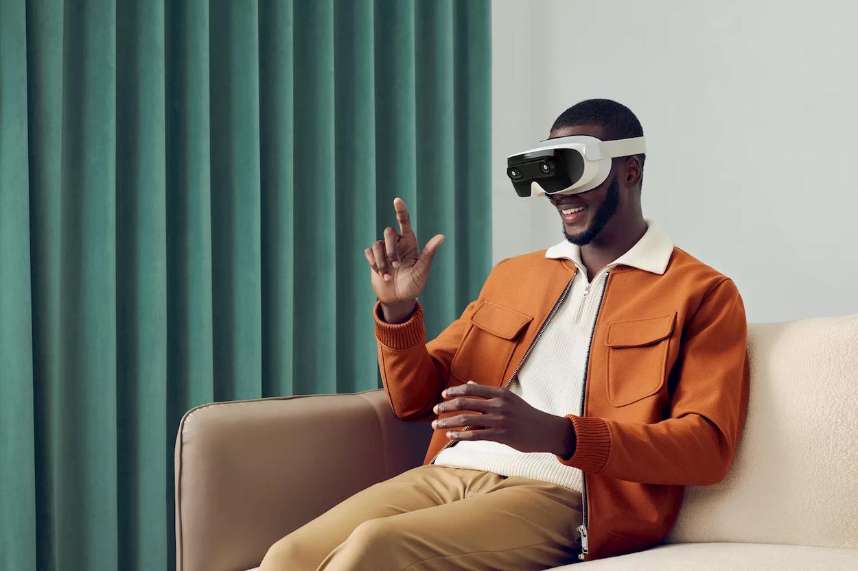 La startup VR XRSPACE presenta una piattaforma social in stile Ready Player One thumbnail