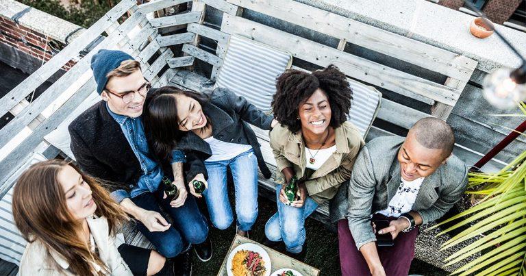 scrivere-bio-tinder-app-dating