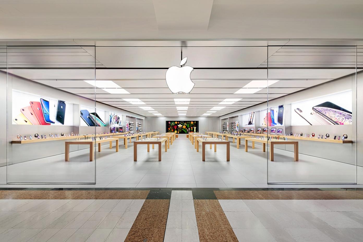 Riaprono gli Apple Store italiani thumbnail