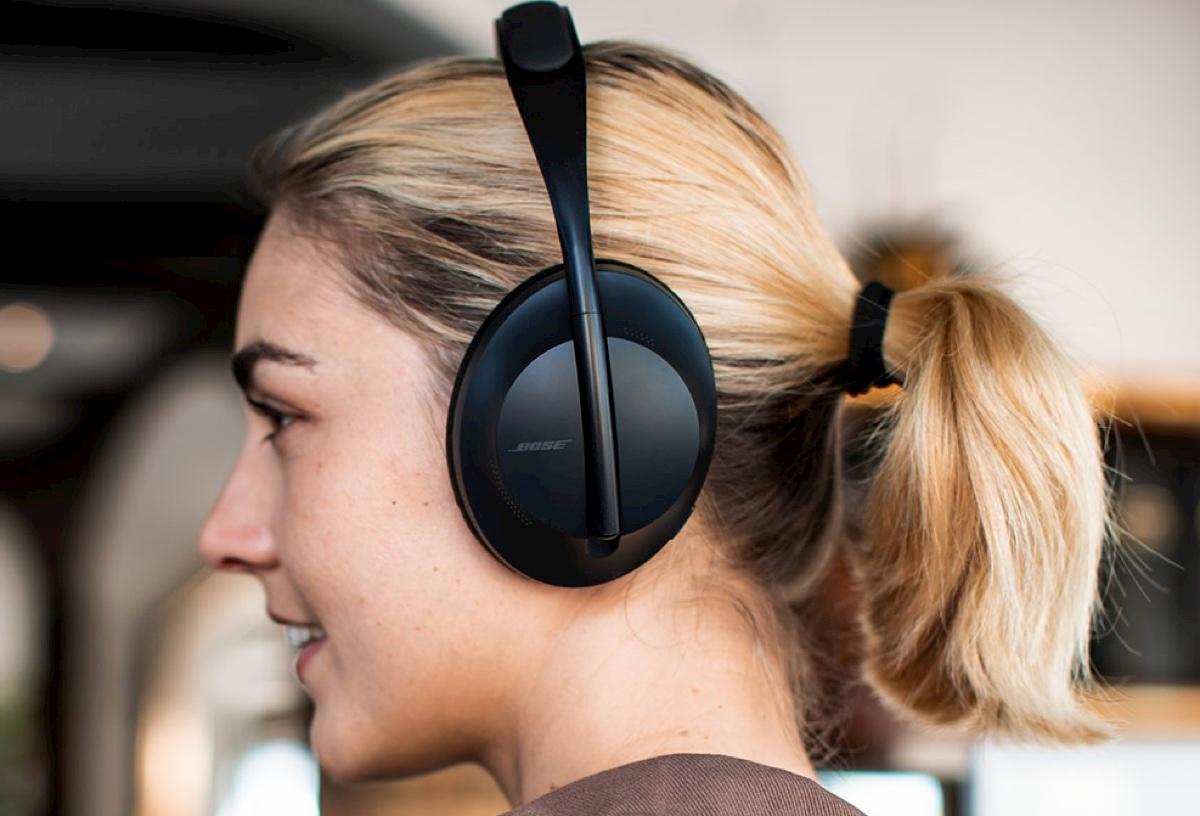 Cuffie Bose NC 700: le cuffie over-ear con Alexa ad un prezzo incredibile thumbnail