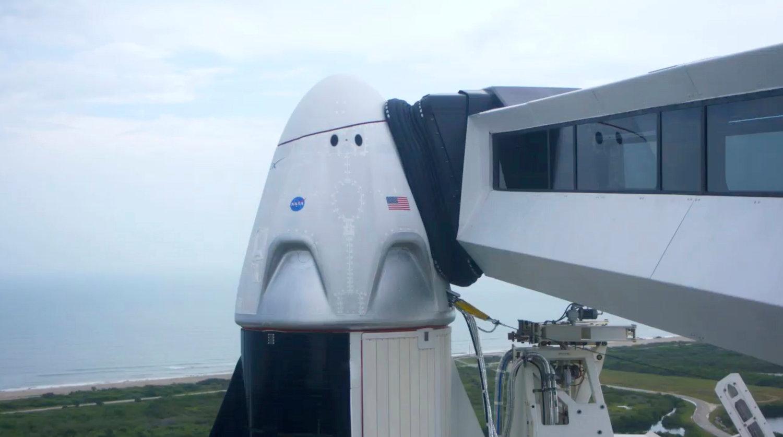 Il maltempo blocca il lancio di SpaceX Crew Dragon: e adesso? thumbnail