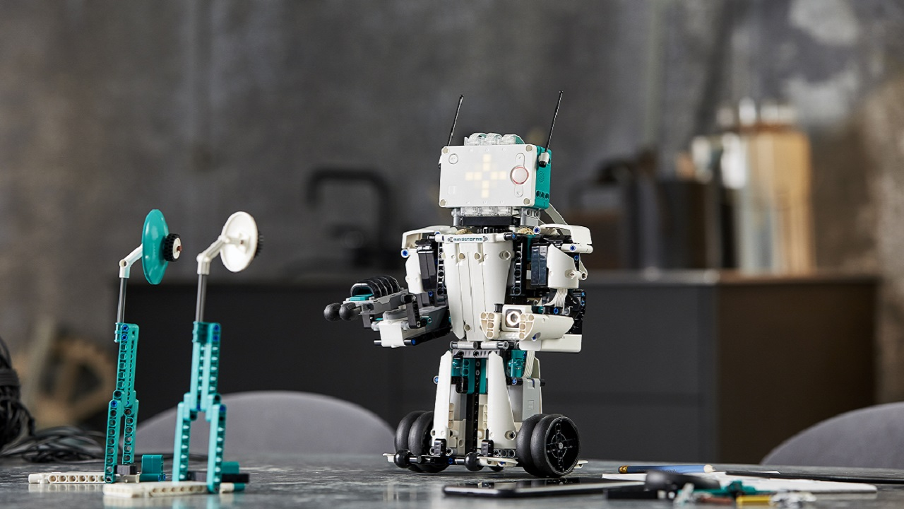 LEGO MINDSTORMS Robot Inventor, in arrivo il nuovo set thumbnail