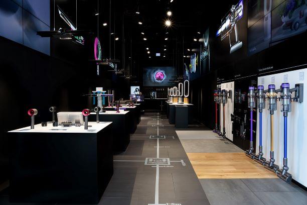 Dyson Demo Store apre a Milano in piazza Gae Aulenti thumbnail
