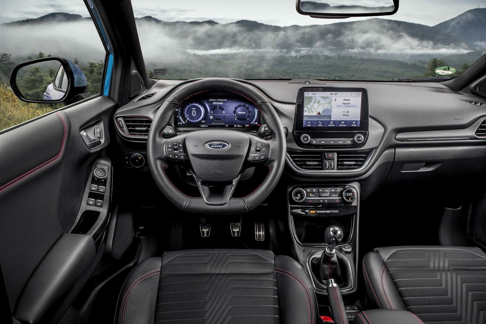 Scopriamo gli interni dei veicoli Ford a prova di igienizzanti per le mani thumbnail