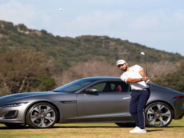 Jaguar-F-Type-golf-challenge