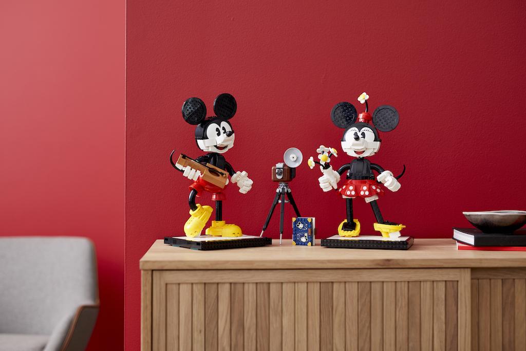 LEGO Disney, Topolino e Minnie in un nuovo set di mattoncini thumbnail