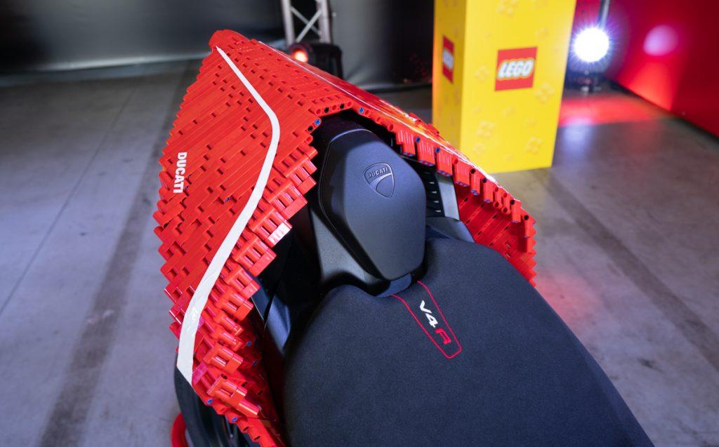 Lego Ducati Panigale V4R Seggiolino