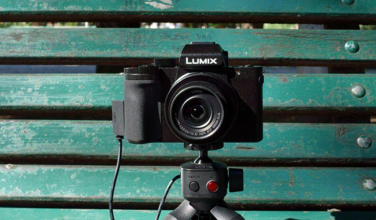 Lumix G100: anche Panasonic ha la sua Vlog Camera