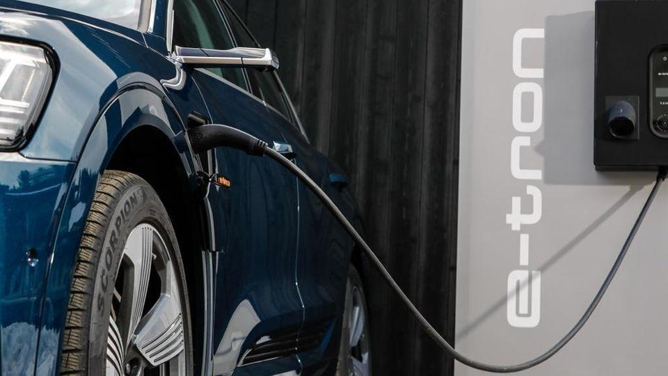 auto elettrica e-tron