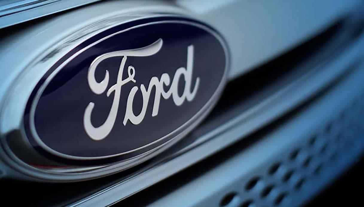 Carbone attivo e limone: ecco come ci fa guarire il filtro Ford thumbnail
