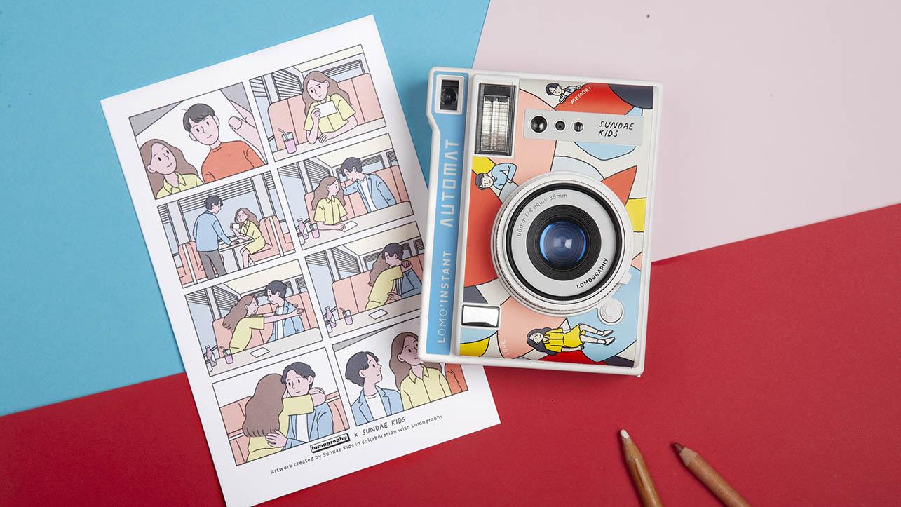 La nuova fotocamera automatica dal design fumettoso thumbnail